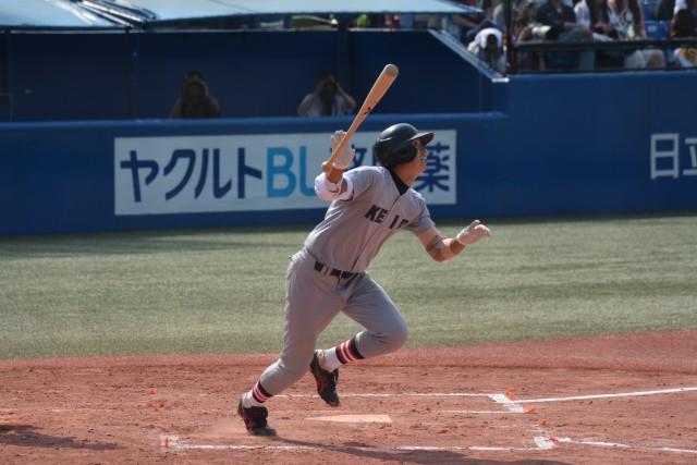 0531早稲田① 逆転の2点本塁打を放ち試合を決めた竹内惇