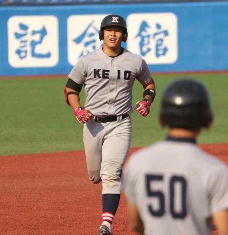 リーグ戦初本塁打を放った須藤